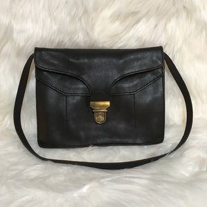 Madewell Lovelock Clutch Shoulder Bag in Black
